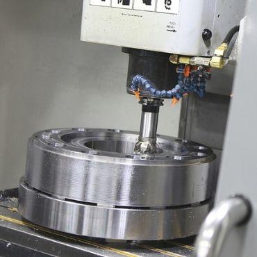 CNC Precision Machining Image 2