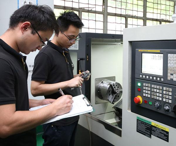 CNC Turning Parts China Workshop Image 4